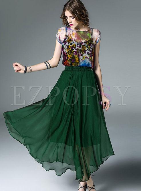 Casual O-neck Print T-shirt & Stylish Big Hem Skirt