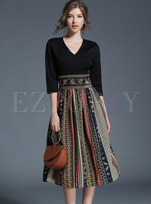 Vintage Hit Color Embroidered Chiffon Skater Dress