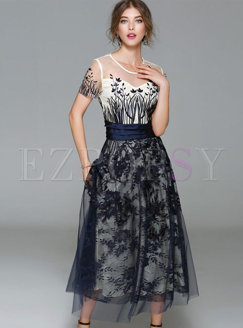 Crew Neck Embroidered Maxi Prom Dress