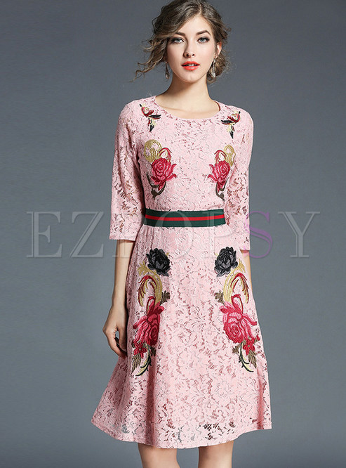 Sweet Embroidery Hollow Out Lace Skater Dress