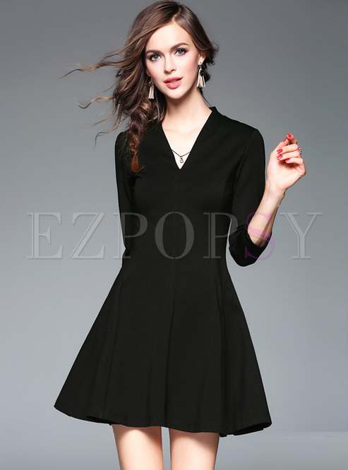 d66307551b Skater Dresses.   Black Classic V-neck Mini A-line Dress
