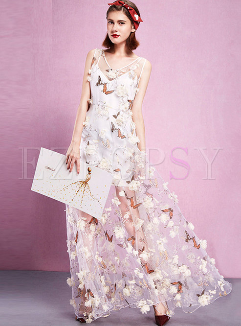 Elegant Stereoscopic Embroidery V-neck Maxi Dress