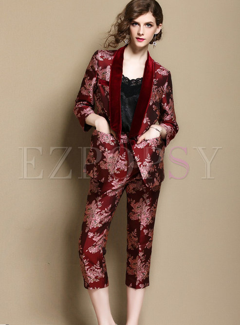 Fashionable Red Embroidered Blazer Two-piece Outfits