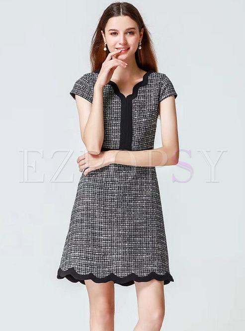 Elegant Grid V-neck High Waist Slim Dress
