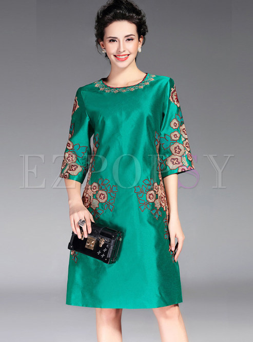 Green Vintage Embroidery Half Sleeve Skater Dress