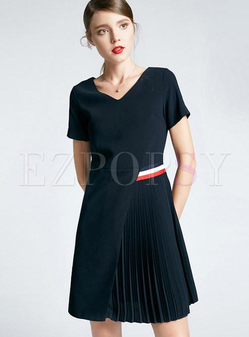 2933e14a8bd Skater Dresses.   V-neck Short Waist Splicing Asymmetric Pleated Dress
