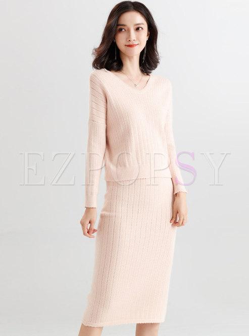 Brief Solid Color V-neck Knitted Top & Elastic Waist Slit Sheath Skirt