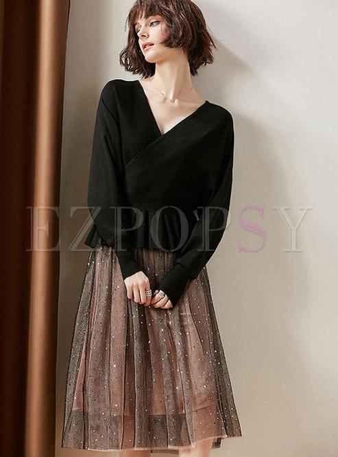 0a122e27a26a Two-piece Outfits.   Black V-neck ...