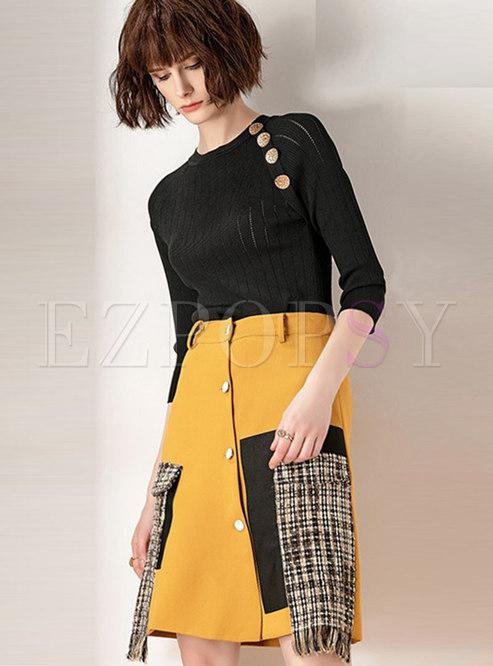 Stylish Three Quarters Sleeve Knitted Top & High Waist Mini Skirt