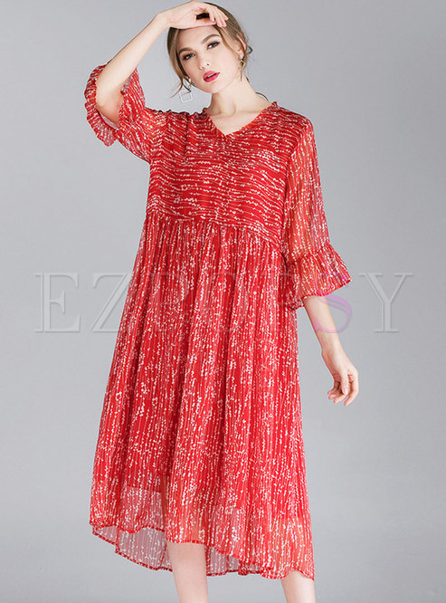Plus Size Print V-neck Flare Sleeve Loose Dress
