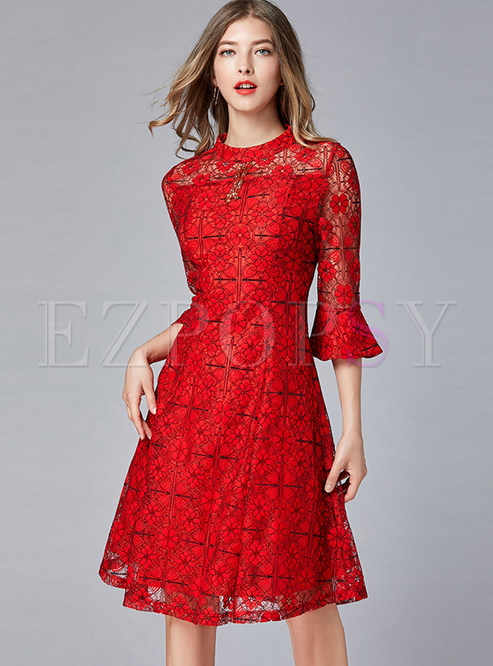 Trendy O-neck Flare Sleeve Perspective Waist Dress