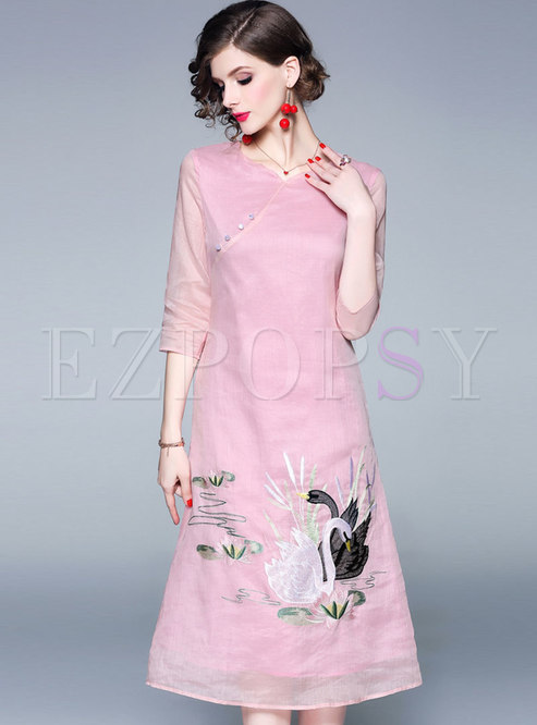 Pink V-neck Embroidered Three Quarters Sleeve Loose Dress