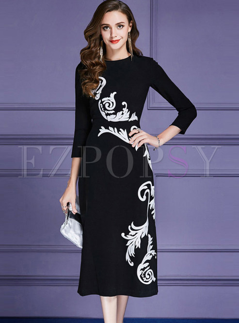 Fashionable Embroidered O-neck Slim Maxi Dress