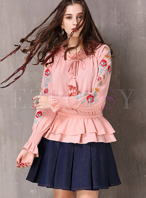 Retro O-neck Tied Falbala Embroidered Pullover Blouse