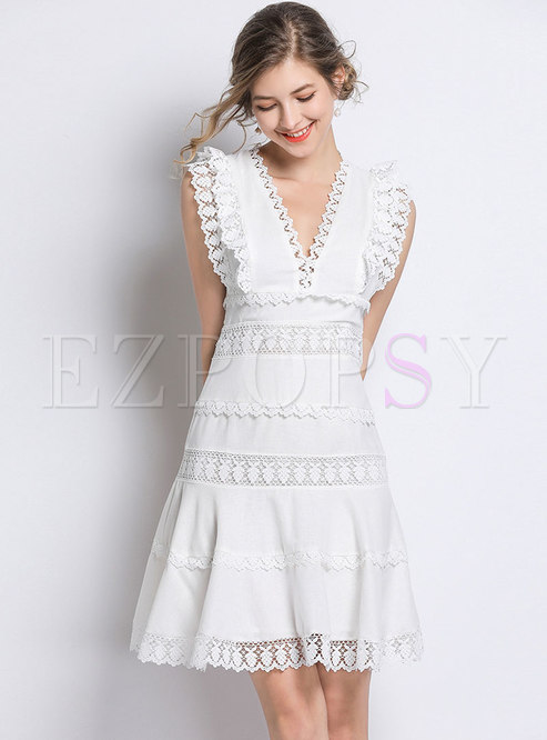 Lace Splicing V-neck Sleeveless Skater Dress