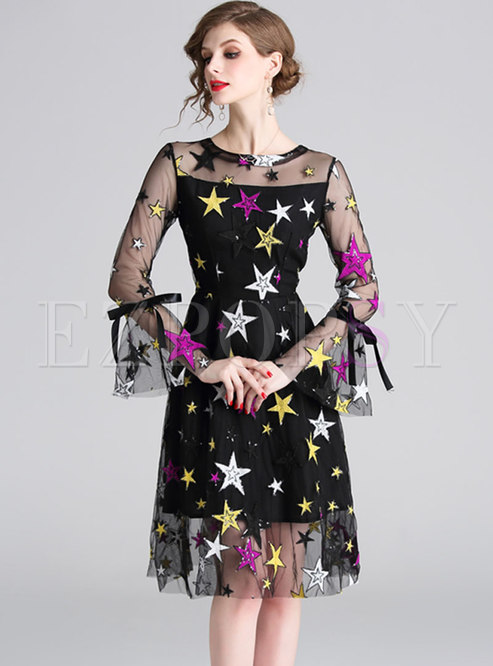 Fashion O-neck Sequined Embroidery Skater Dress