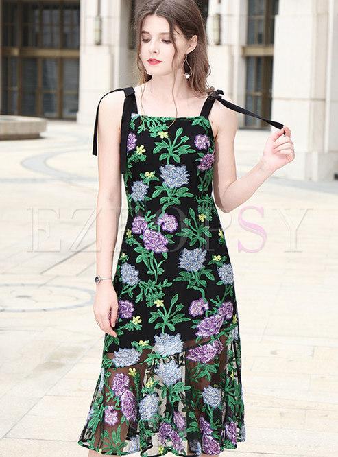 Chic Embroidered Sleeveless Slim Mermaid Dress