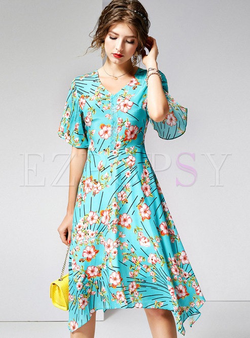Print V-neck High Waist Asymmetric Skater Dress