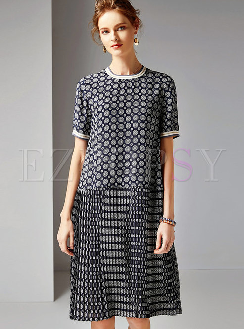 Vintage Print O-neck Loose Midi Dress