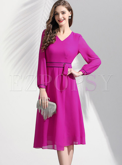 Trendy V-neck Tied Chiffon Solid Color Skater Dress