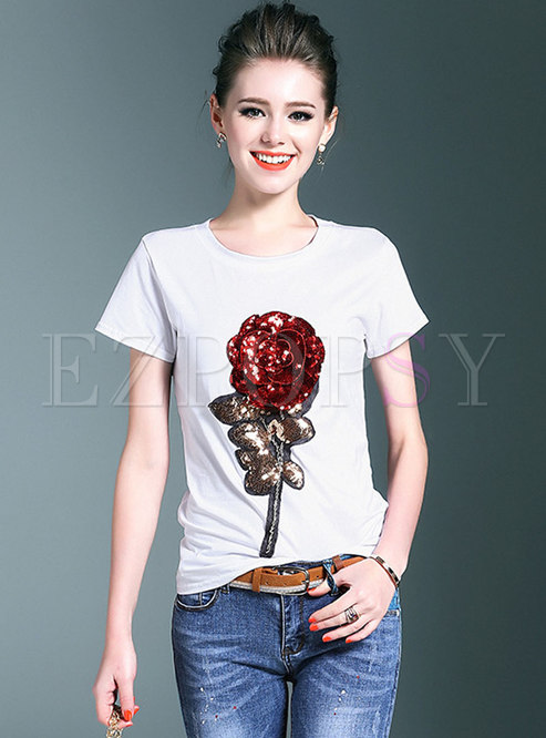 Brief White Stereoscopic Embroidered Rose T-shirt