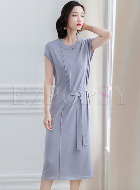 Pure Color O-neck Sleeveless Belted Knitted Dress