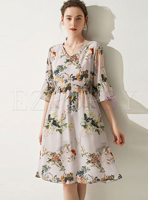 Fashion V-neck Big Hem Silk Print Dress