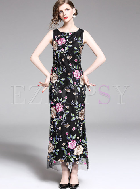 Elegant Embroidered O-neck Sleeveless Maxi Dress