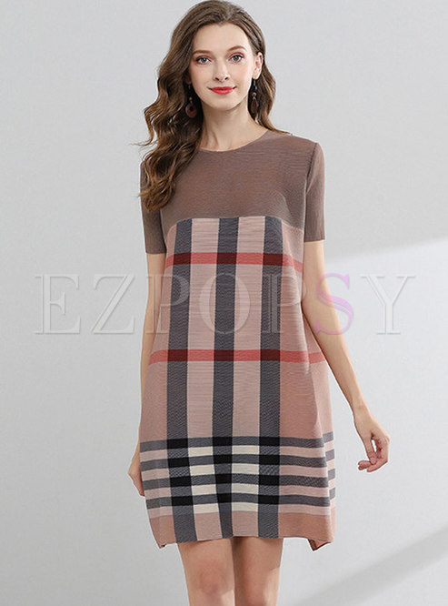 Crew Neck Plaid Pleated Shift Dress
