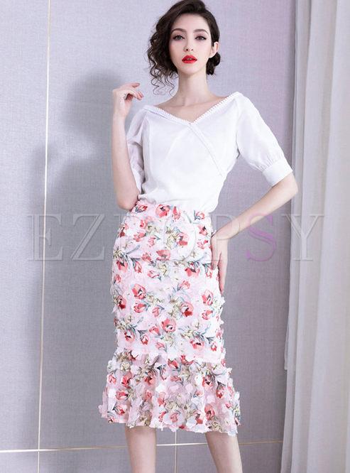 Brief Solid Color V-neck Top & Slim Print Skirt