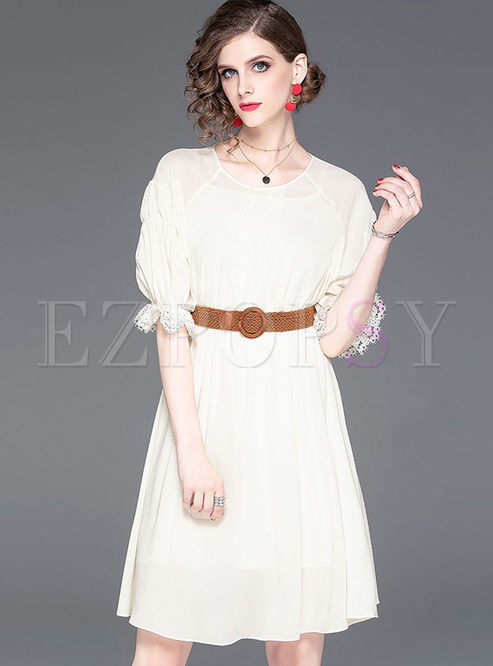 Stylish O-neck Half Sleeve Skater Dress With Belt