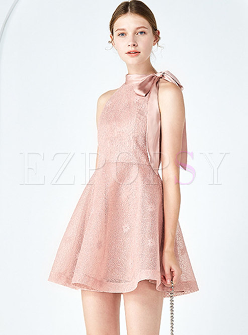 Chic Lace Tie-collar Sleeveless Slim Mini Dress