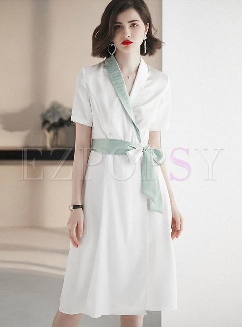 Color-blocked Turn Down Collar Tie-waist Skater Dress