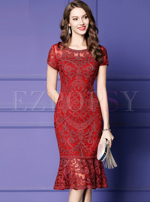 Elegant O-neck Embroidered Sheath Mermaid Dress