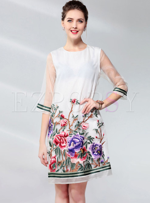 Ethnic O-neck Embroidered Organza Shift Dress