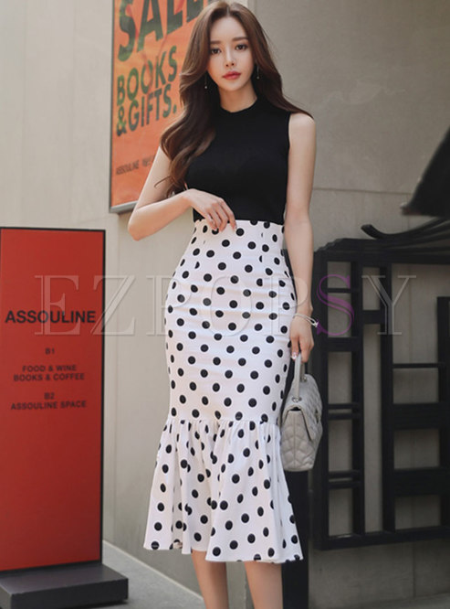 Stylish Pure Color Knitted Top & Polka Dot Mermaid Skirt
