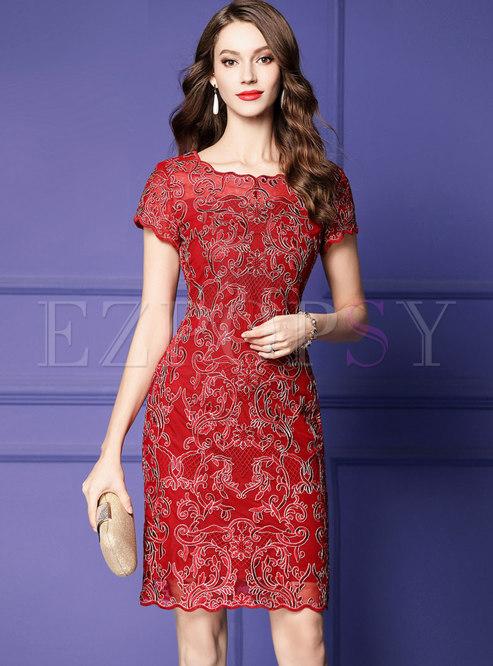 Elegant O-neck Embroidered Slim Plus-size Bodycon Dress