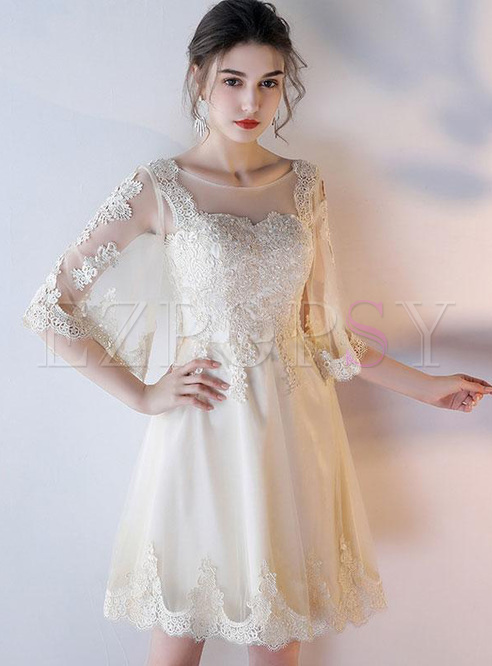 Lace Hollow Out Contrast O-Neck Half Sleeves Homecoming Dresses