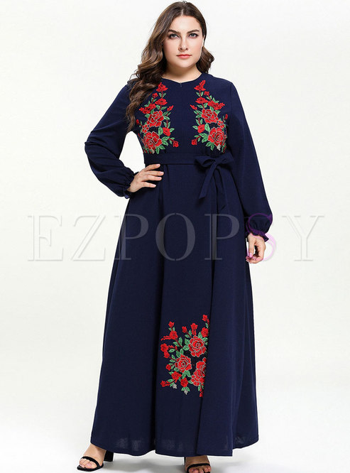 Stylish O-neck Loose Embroidered Tied Maxi Dress