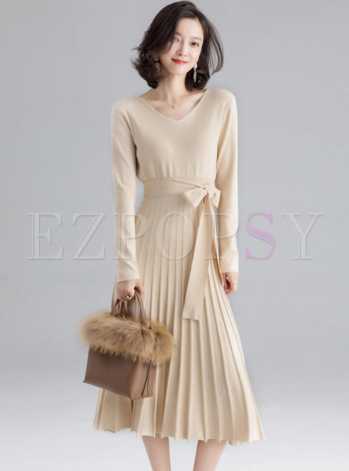 Casual Pure Color V-neck Pleated Knitted Dress