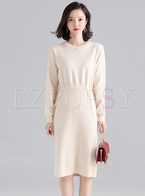 Brief Solid Color O-neck Knit Dress
