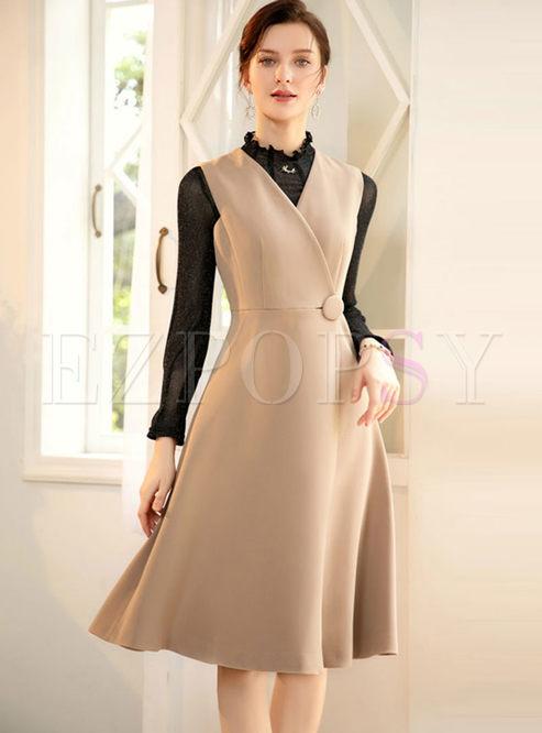 Solid Color V-neck Sleeveless Skater Dress