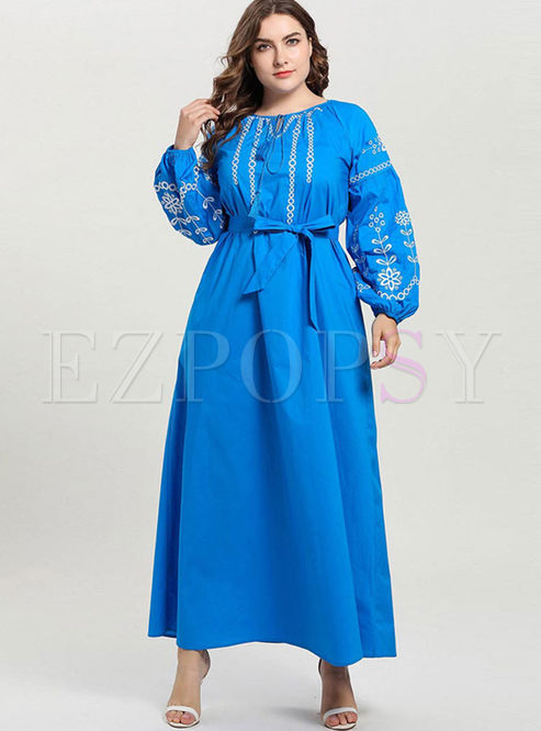 Plus Size Embroidered Puff Sleeve Dress