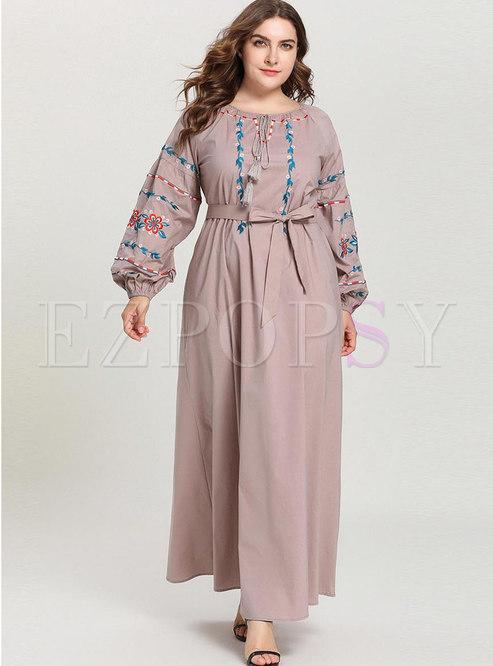 Plus Size Embroidered Waist A Line Maxi Dress