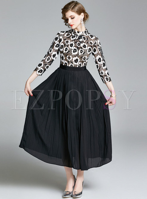 Lace Patchwork Stand Collar Pleated Maxi Dress
