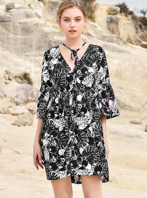 Chiffon Print V-neck Tied Shift Dress