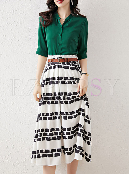 Half Sleeve Blouse & Print Pleated Midi Skirt