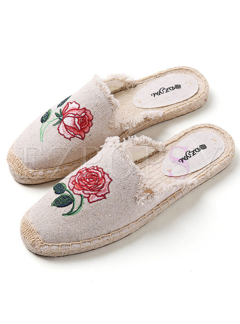 Round Toe Embroidered Flat Slippers