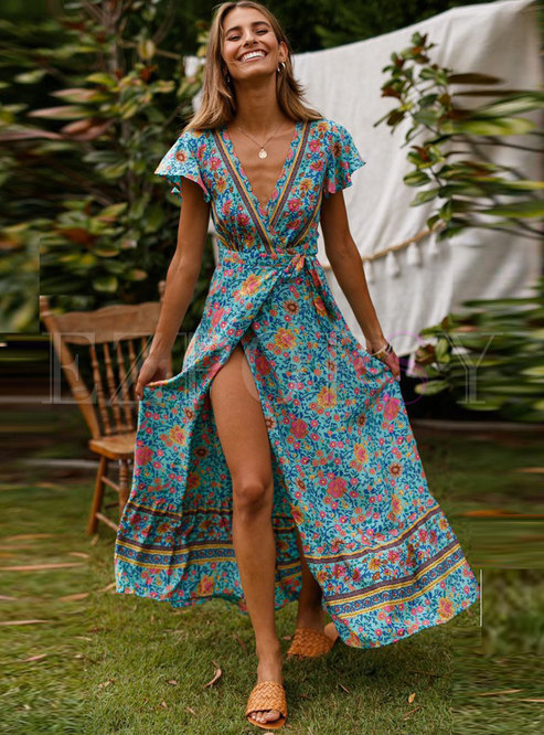 Deep V-neck Floral Big Hem Maxi Beach Dress