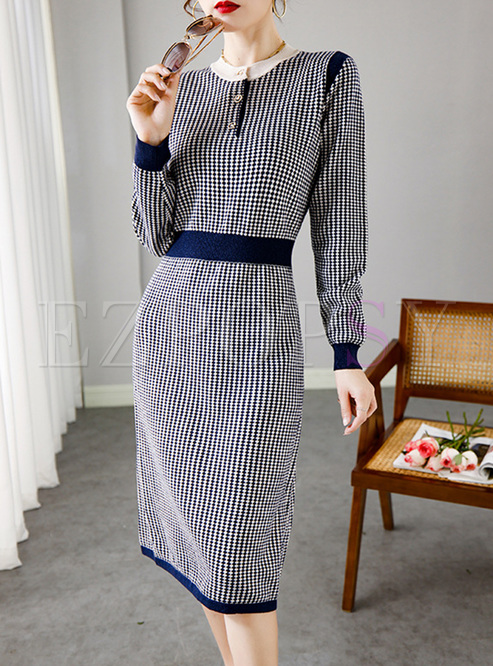 Color-blocked Crew Neck Plaid Knitted Dress
